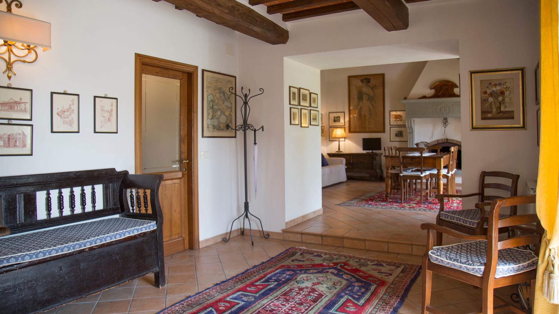 Apartments in Agriturismo with swimming pool in Cortona | Arezzo, Tuscany